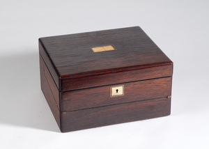 1918-03-43 (writing box)